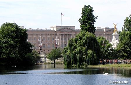 Buckingham Palace Summer Opening At Buckingham Palace